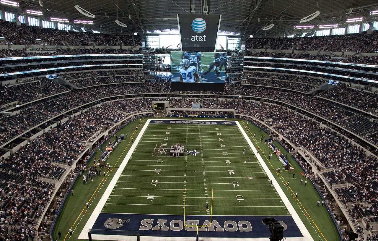 1280px-Cowboys_Stadium_field